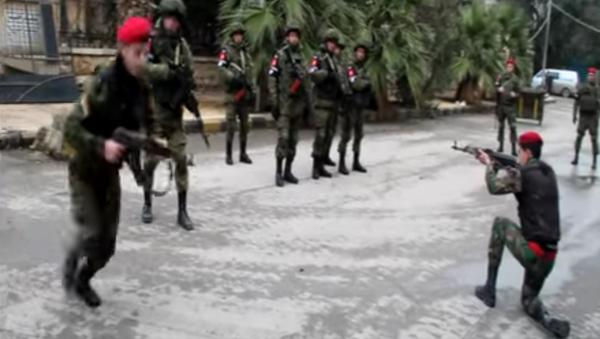La Policía Militar rusa comparte su experiencia con los agentes sirios - Sputnik Mundo
