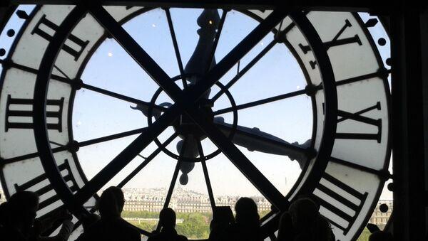 Un reloj (imagen referencial) - Sputnik Mundo