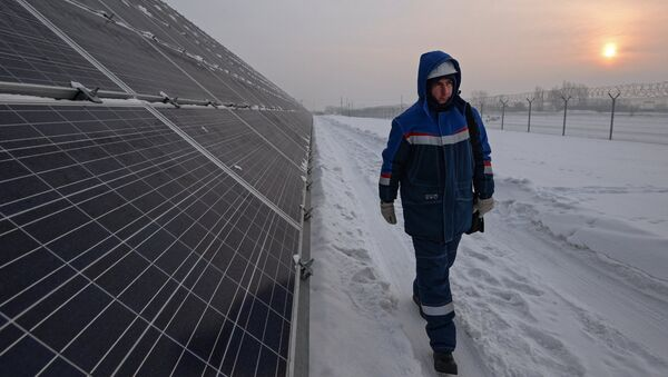 Una central solar en Siberia - Sputnik Mundo