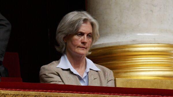 Penelope Fillon, esposa del candidato presidencial de la derecha François Fillon - Sputnik Mundo