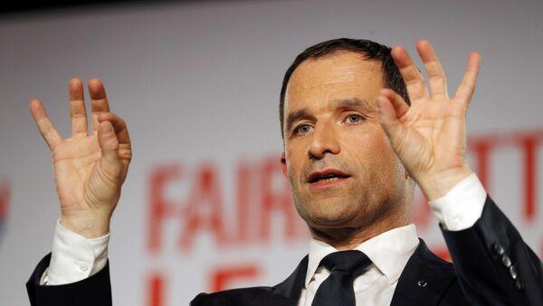 Benoît Hamon, candidato en las primarias socialistas en Francia - Sputnik Mundo