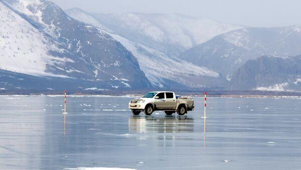 Lake Baikal during the winter - Sputnik Mundo