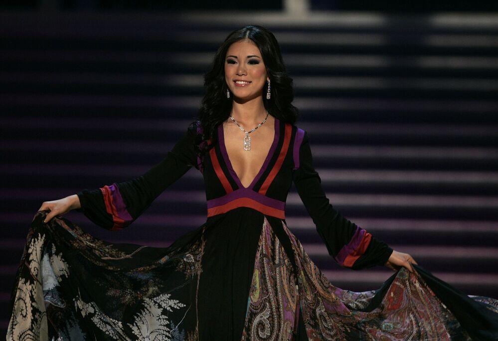 Riyo Mori, de Japón, Miss Universo 2007