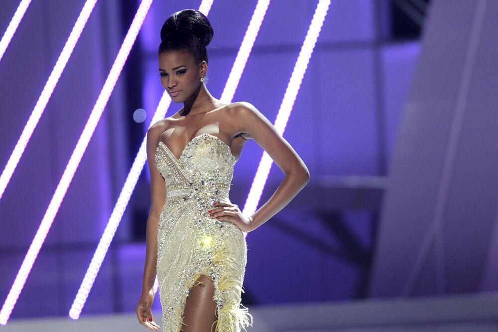 Leila Luliana, de Angola, Miss Universo 2011