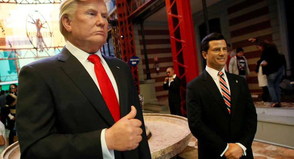 Figuras de cera de Donald Trump, presidente de EEUU, y Enrique Peña Nieto, presidente de México