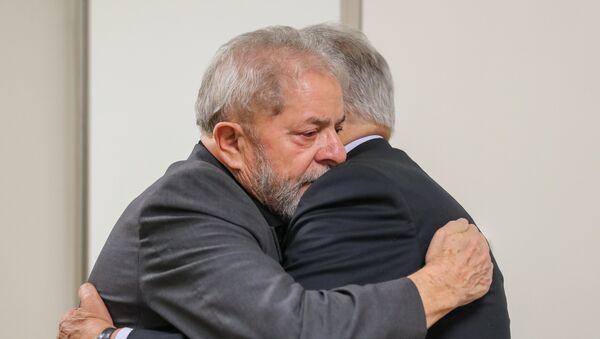 Ex presidentes Luiz Inácio Lula da Silva y Fernando Henrique Cardoso - Sputnik Mundo