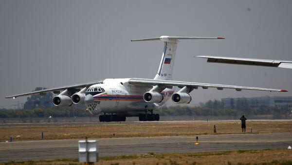 Avión bombero Ilyushin 76 (archivo) - Sputnik Mundo
