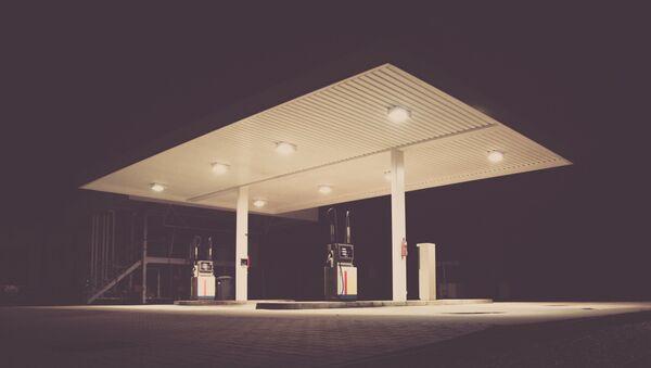 Una gasolinera (imagen referencial) - Sputnik Mundo