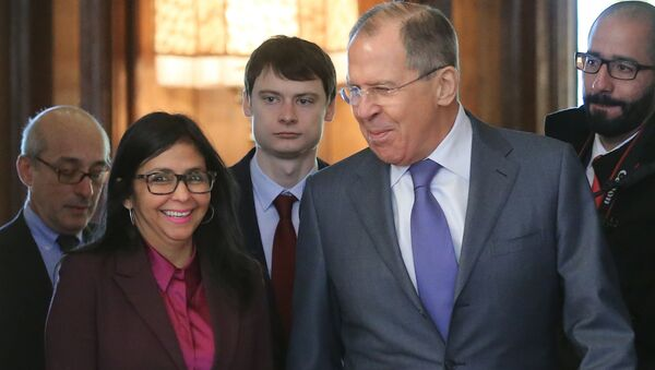 Serguéi Lavrov y Delcy Rodríguez - Sputnik Mundo