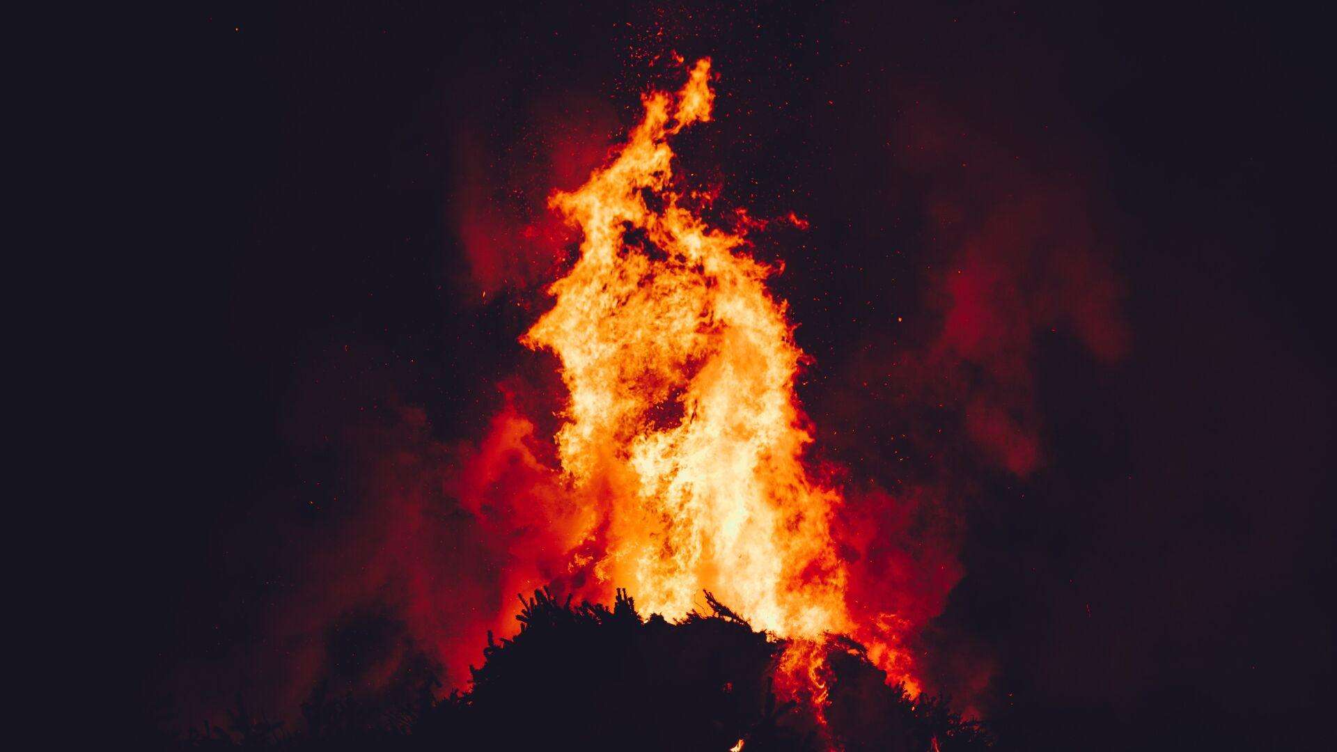 Fuego (imagen referencial) - Sputnik Mundo, 1920, 09.06.2021