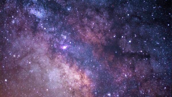 Cielo (imagen referencial) - Sputnik Mundo