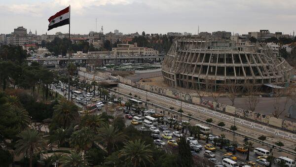 La bandera siria en Damasco (archivo) - Sputnik Mundo