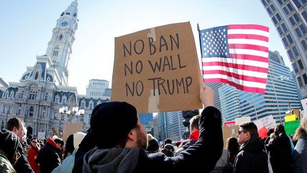 Protesta contra la política migratoria de Trump (archivo) - Sputnik Mundo