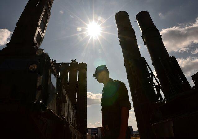 Sistema de misiles S-300, foto de archivo