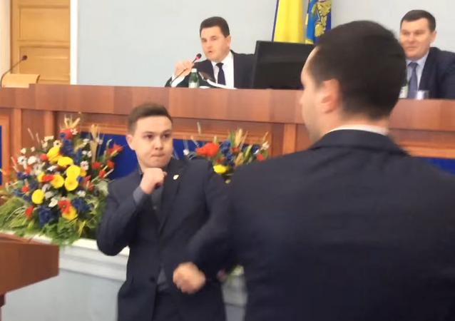 Pelea entre Boris Lebedtsov y Yuri Botnar, 9 de febrero de 2017