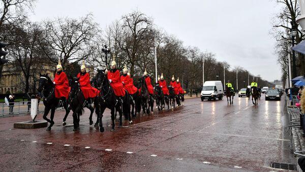 Miembros de la caballería doméstica de Reino Unido - Sputnik Mundo
