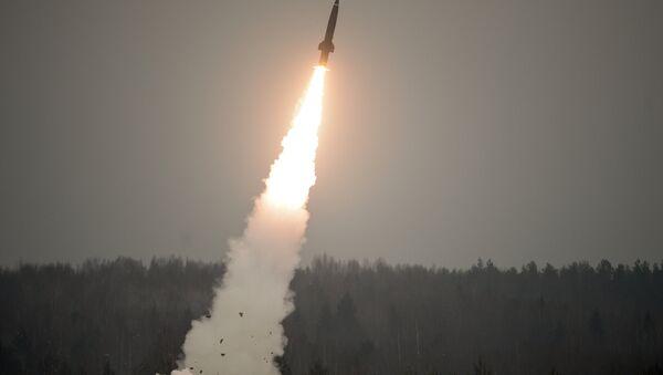 Lanzamiento de un misil ruso (imagen referencial) - Sputnik Mundo
