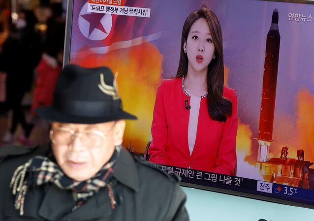 Corea del Norte lanza un misil balístico