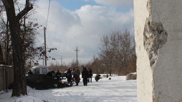 Donbás tras bombardeos - Sputnik Mundo