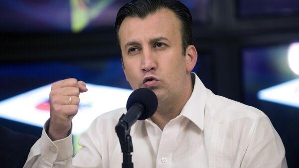 Venezuelan Interior Minister Tarek El Aissami delivers a press conference in Caracas on April 10, 2012 - Sputnik Mundo