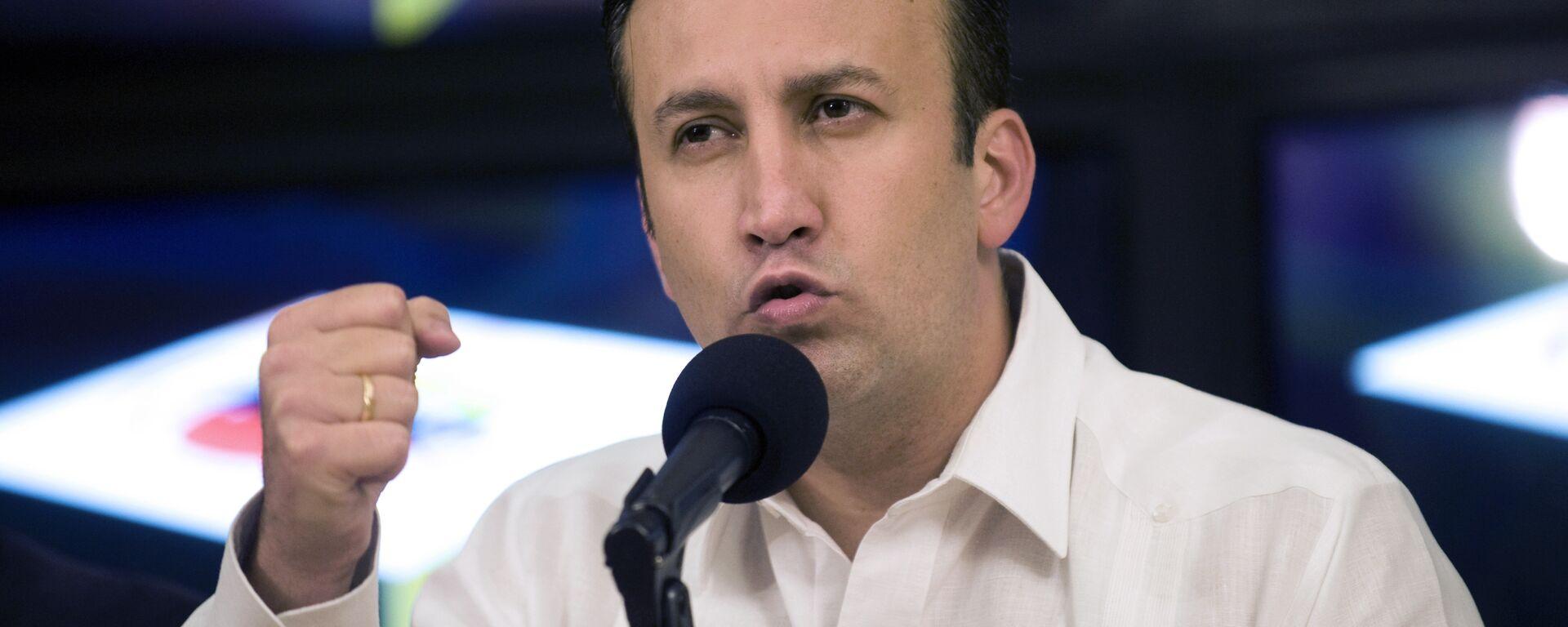 Venezuelan Interior Minister Tarek El Aissami delivers a press conference in Caracas on April 10, 2012 - Sputnik Mundo, 1920, 30.03.2021