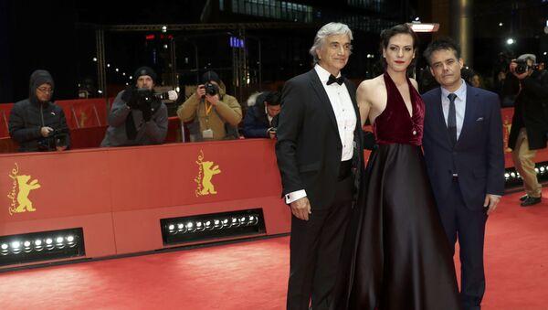 Actor Francisco Reyes, actriz Daniela Vega y director Sebastián Lelio - Sputnik Mundo