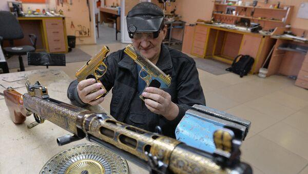 Cómo se producen las armas de honor rusas - Sputnik Mundo