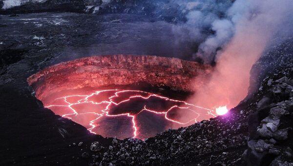 Lava (imagen referencial) - Sputnik Mundo