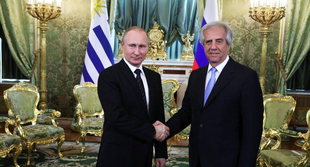 Presidente de Rusia, Vladímir Putin, y presidente de Uruguay, Tabaré Vázquez