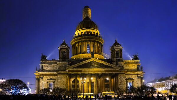 La catedral de San Isaac en San Petersburgo - Sputnik Mundo