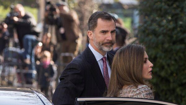 Los monarcas Felipe VI y la reina Letizia - Sputnik Mundo