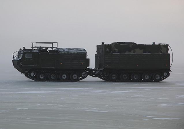 Maniobras rusas bajo las extremas condiciones climáticas del Ártico