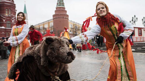 Fiesta de la Máslenitsa en Rusia - Sputnik Mundo