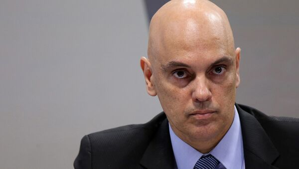 Brazil's Justice Minister Alexandre de Moraes, nominee of Brazil's President Michel Temer to be the next Supreme Court Justice, looks on during a session of the Committee on Constitution and Justice of the Senate in Brasilia, Brazil, February 21, 2017 - Sputnik Mundo