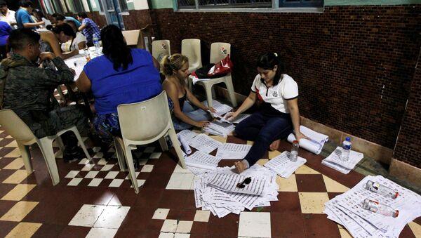 Escrutinio de los votos en Ecuador - Sputnik Mundo