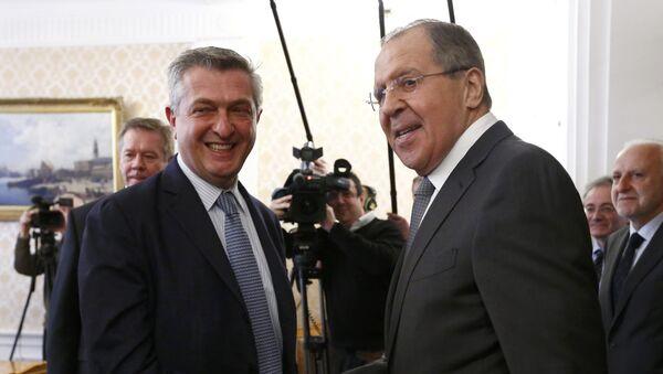 Filippo Grandi, Alto Comisionado de las Naciones Unidas para los Refugiados, y Serguéi Lavrov, ministro ruso de Asuntos Exteriores - Sputnik Mundo