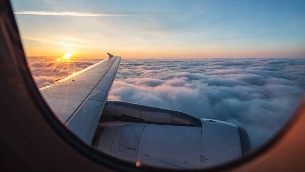 La vista desde la ventana de un avión - Sputnik Mundo