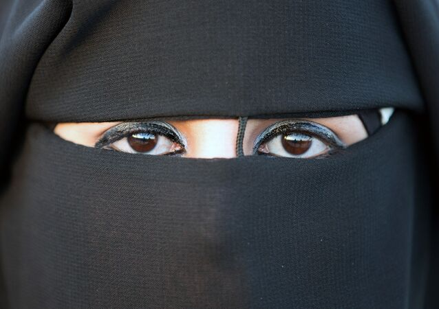 Mujer en hijab