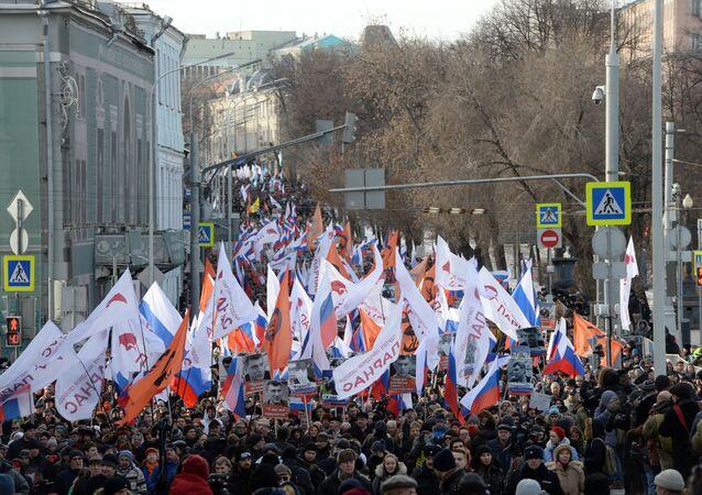 Marcha en Moscú en memoria de Borís Nemtsov