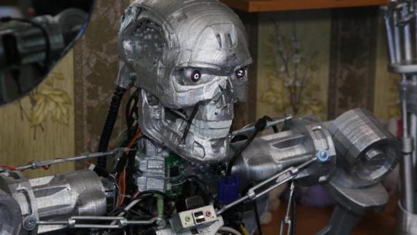 Terminator T-800 ruso - Sputnik Mundo