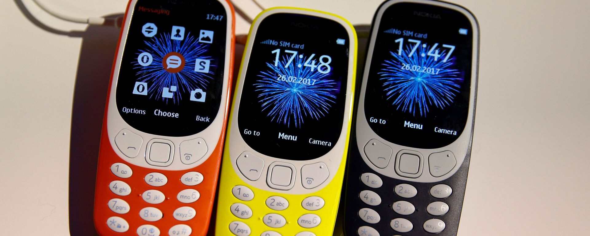 Nokia 3310 devices are displayed after their presentation ceremony at Mobile World Congress in Barcelona, Spain, February 26, 2017. - Sputnik Mundo, 1920, 08.08.2021
