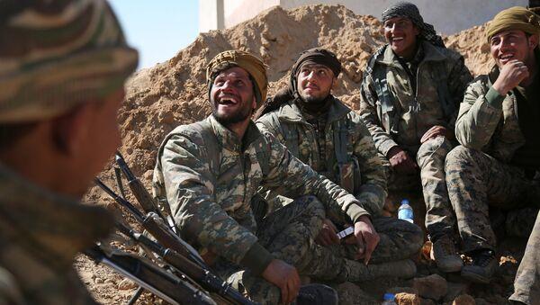 Las Fuerzas Democráticas Sirias (FDS) - Sputnik Mundo