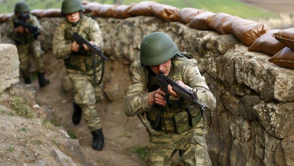 Militares turcos, archivo - Sputnik Mundo