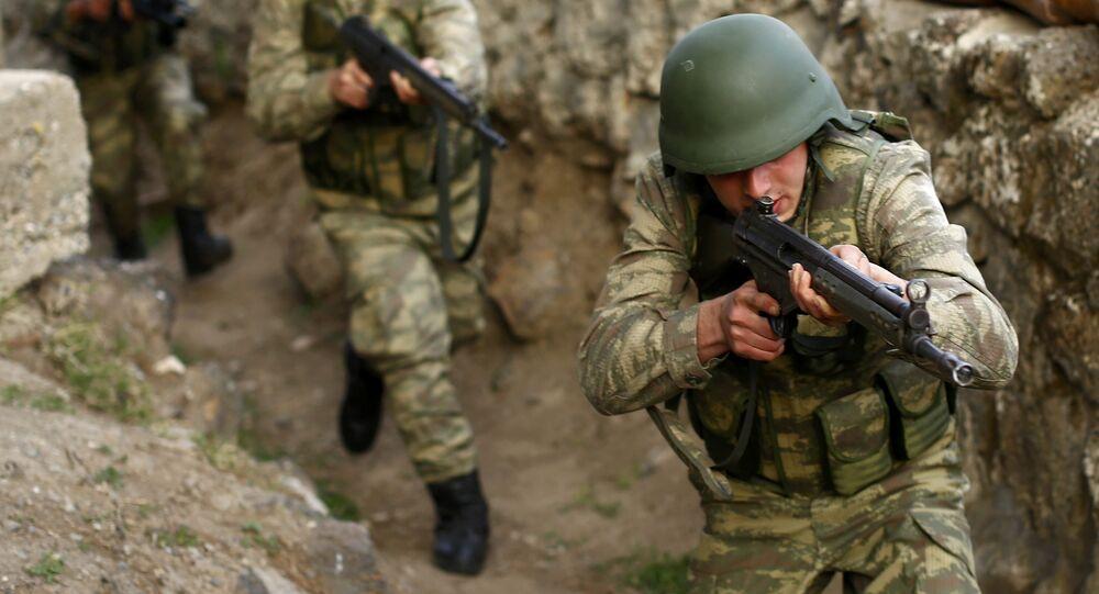 Militares turcos, archivo