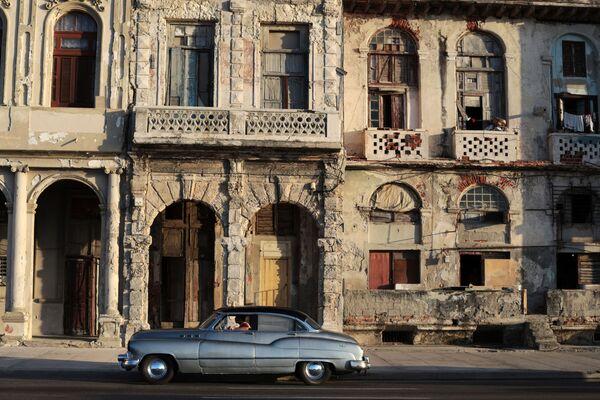 На набережной Малекон в Гаване - Sputnik Mundo