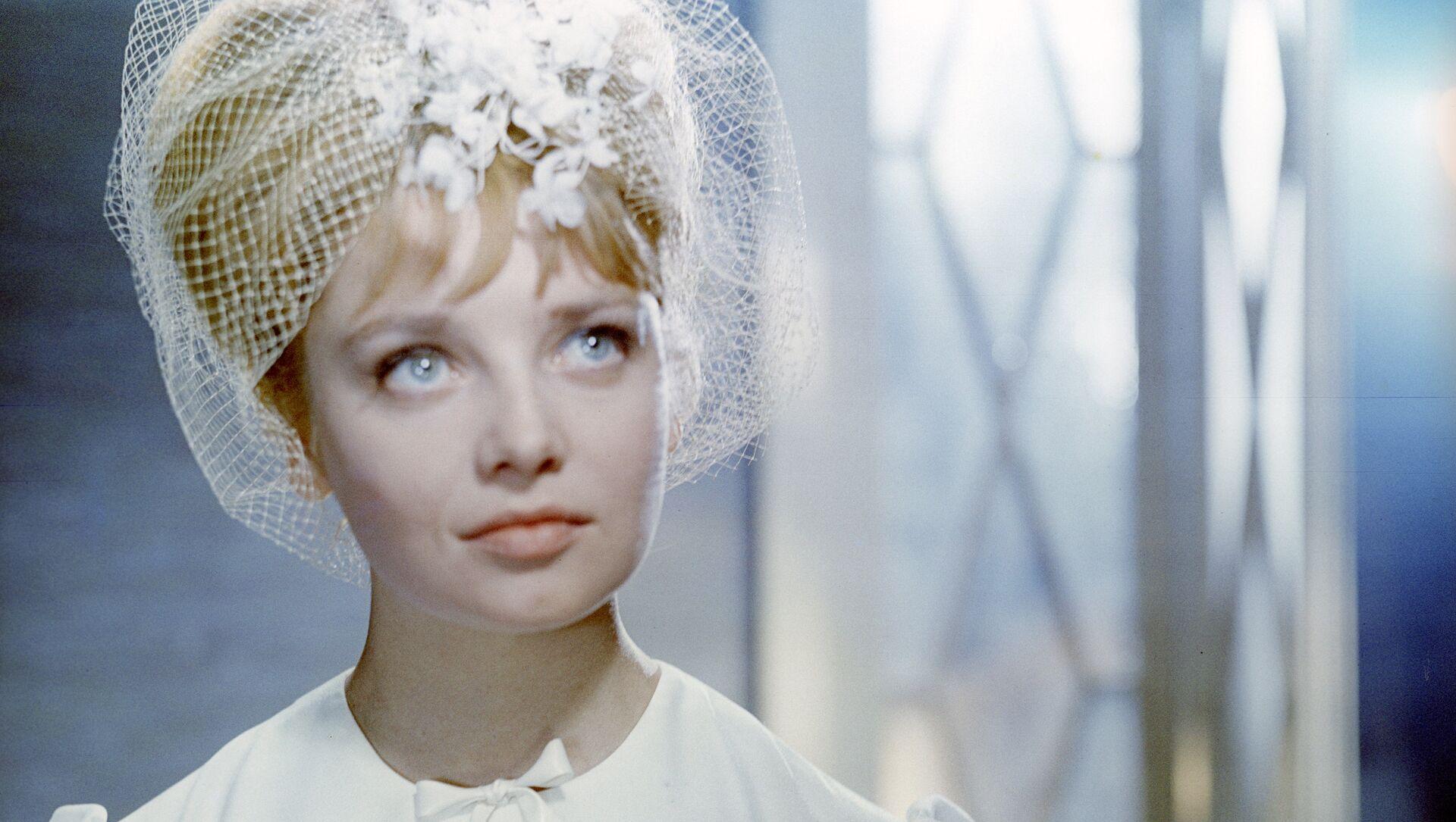 Natalia Kustínskaya, actriz soviética de los años 60 - Sputnik Mundo, 1920, 06.03.2017