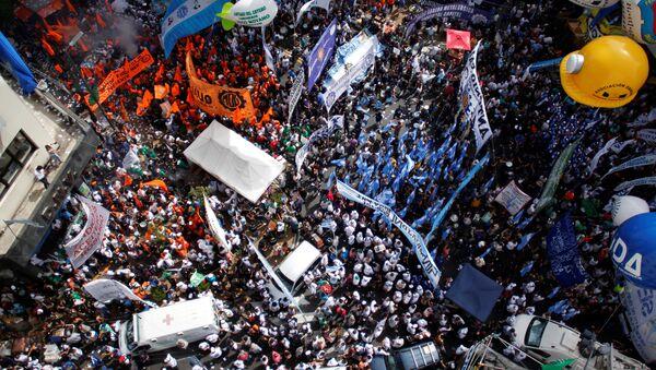 Marcha de la Confederación General del Trabajo (CGT) en Buenos Aires (archivo) - Sputnik Mundo