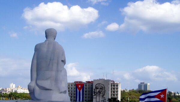 Monumento al escritor José Martí en la plaza de la Revolución en La Habana, Cuba - Sputnik Mundo