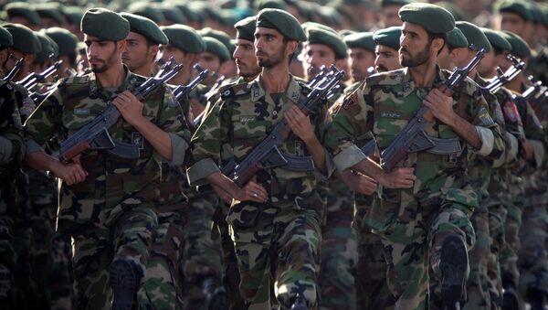 soldados iraníes (archivo) - Sputnik Mundo