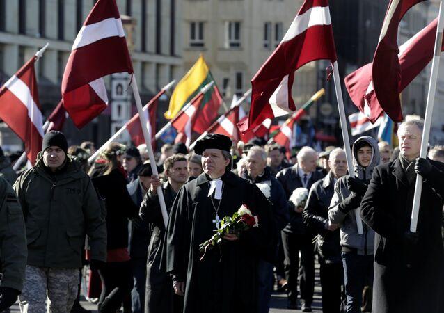 Una marcha que conmemora a las unidades letonas de las Waffen SS, archivo